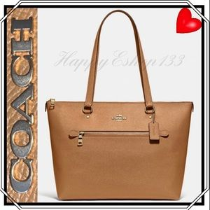 Coach Gallery Tote,Crossgrain Leather,Light Saddle
